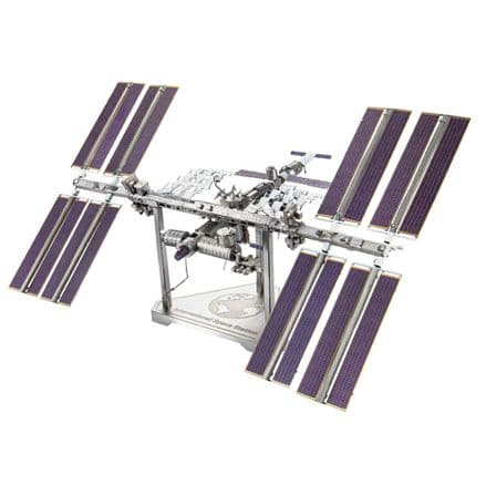 Metal Earth Premium Series International Space Station