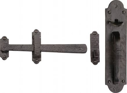 M Marcus Tudor Collection TC569 Gate Latch Black Antique