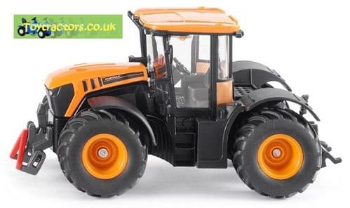 Siku 1:32 Scale tractors, handlers & farm vehicles