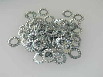 100 x M8 Lock Washer Serrated External Toothed Shakeproof Steel Metric [P12]