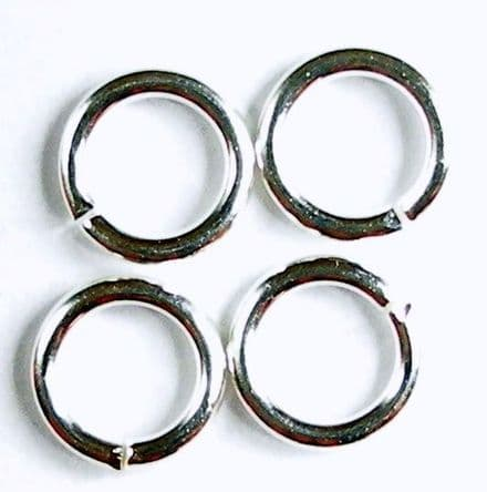 Sterling Silver jump rings open 5.25 x 3.5 x 0.9 mm. Pack of 10