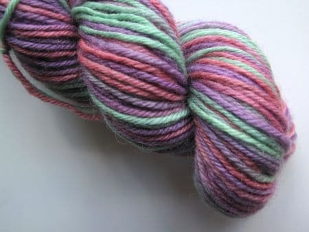 Apples And Pears BFL DK - Coral, lilac and green