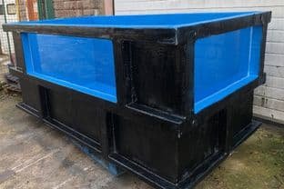 2850litre (630gall) holding pond with viewing window (1)