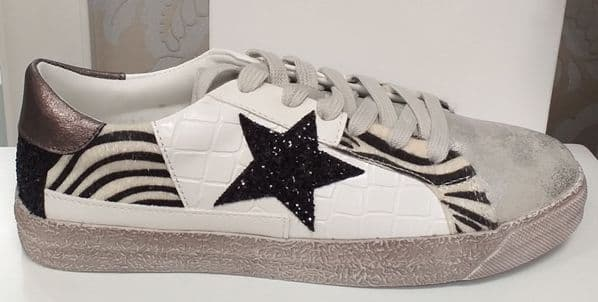 Findlay Grey and White Star Print Trainers
