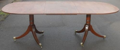 Georgian Style Mahogany Extending Pedestal Dining Table