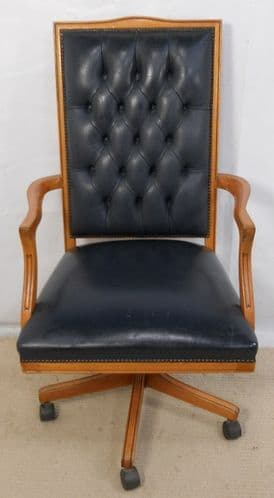 Leather Upholstered, Wooden Frame Swivel Office Armchair