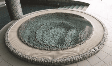 Round Tiled Commercial Overflow Spa